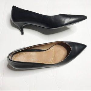 Vionic black pointed toe comfort kitten heel sz 9